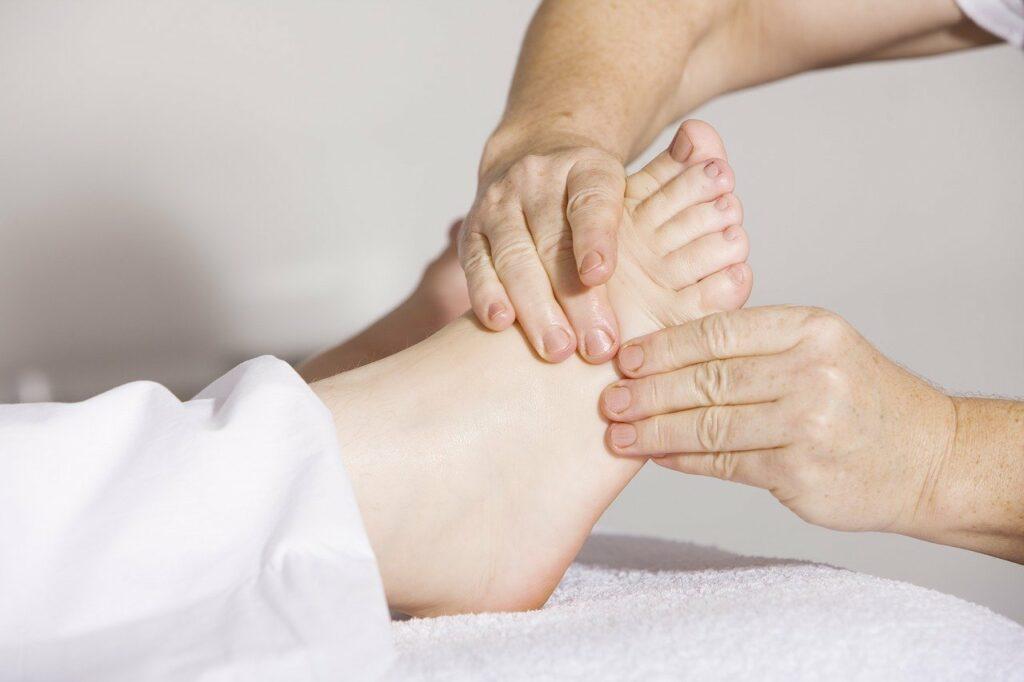Physiotherapie geht von Kopf bis Fuß