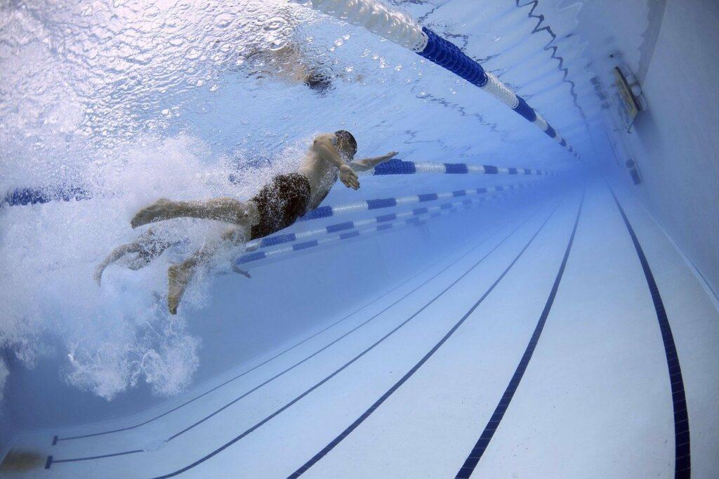Schwimmen verbessert die Kondition