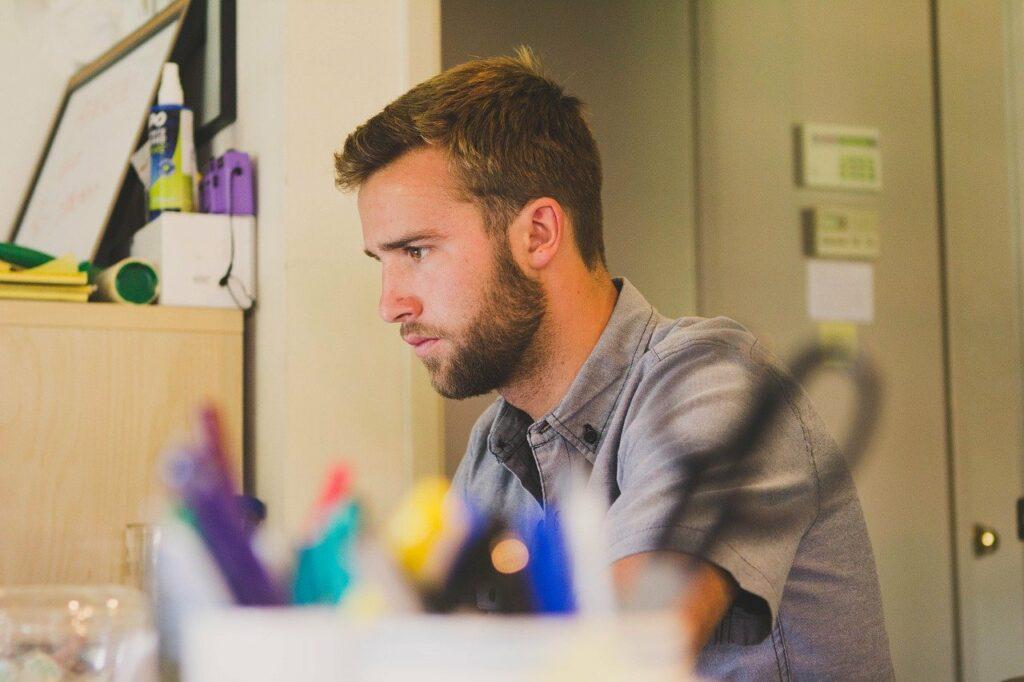 BGM steigtert die Produktivität und Konzentration der Mitarbeiter