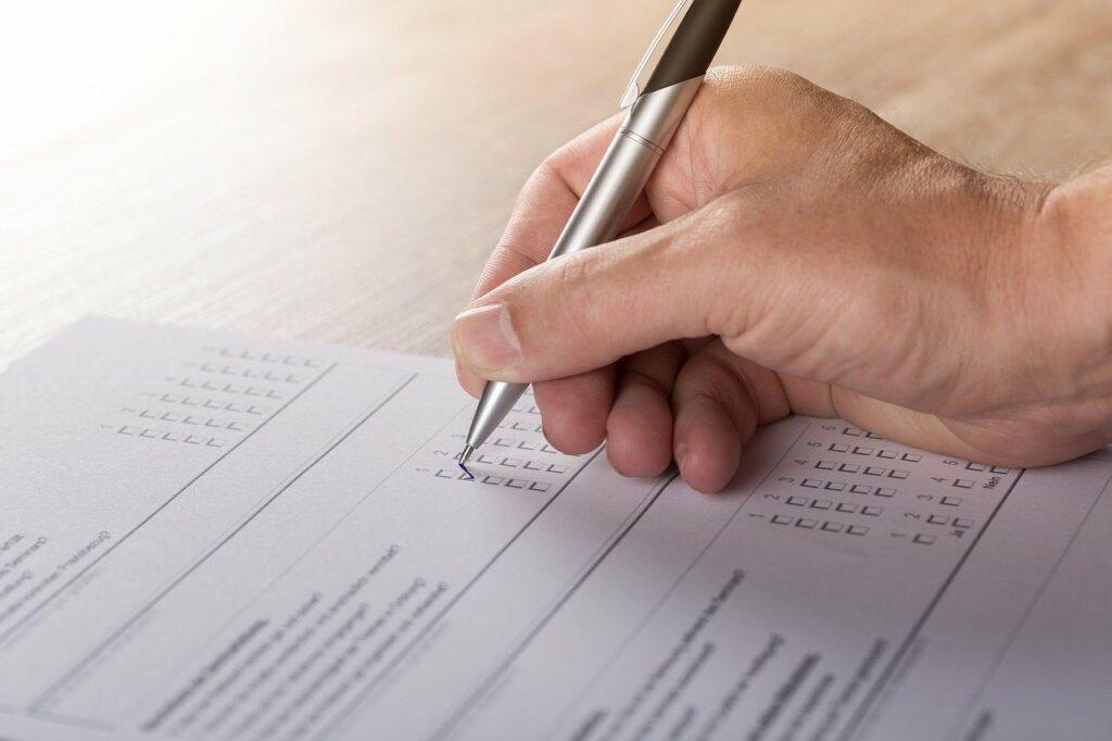 Befragungen sind ein Weg zur Verbesserung der Mitarbeiterzufriedenheit bei BGM