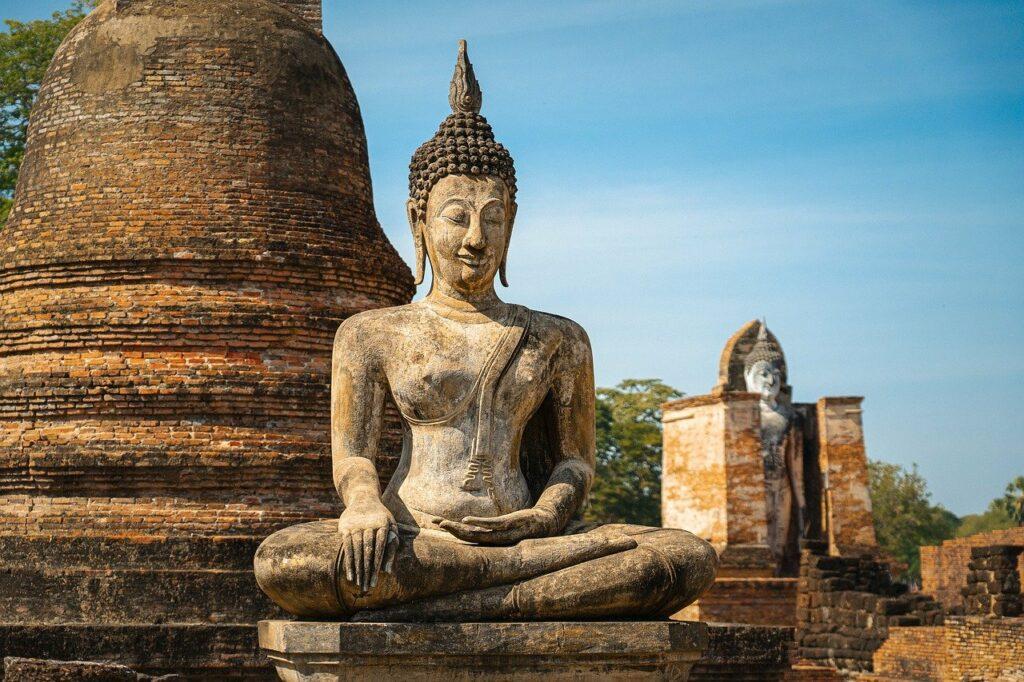 Ursprünge der Achtsamkeit liegen im Buddhismus: Bild einer Buddha Statue